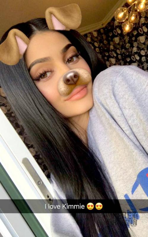 Kylie Jenner từng được gọi là Nữ hoàng Snapchat và là fan trung thành của ứng dụng này
