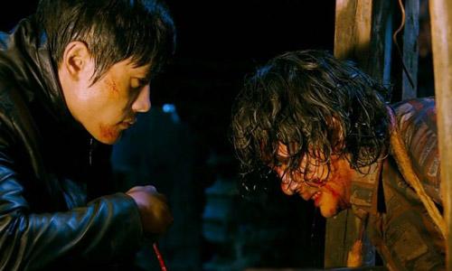 Diễn xuất kinh ngạc của Lee Byung Hyun trong bộ phim gắn mác quá bạo lực