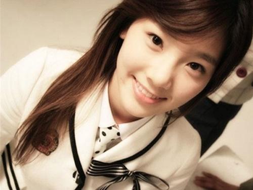 Tae Yeon: Trưởng nhóm có vẻ ngoài mềm yếu nhưng vô cùng bản lĩnh