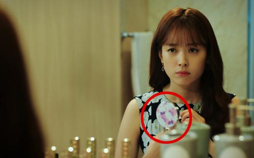 Muôn kiểu quảng cáo cười ra nước mắt trên phim Hàn - 6