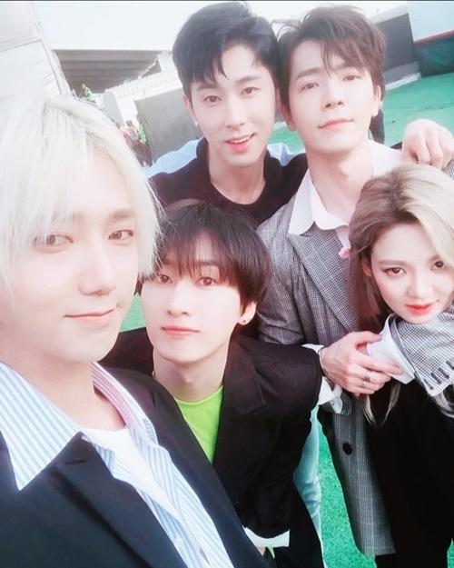 donghae-hyoyeon-7819-1523112085.jpg