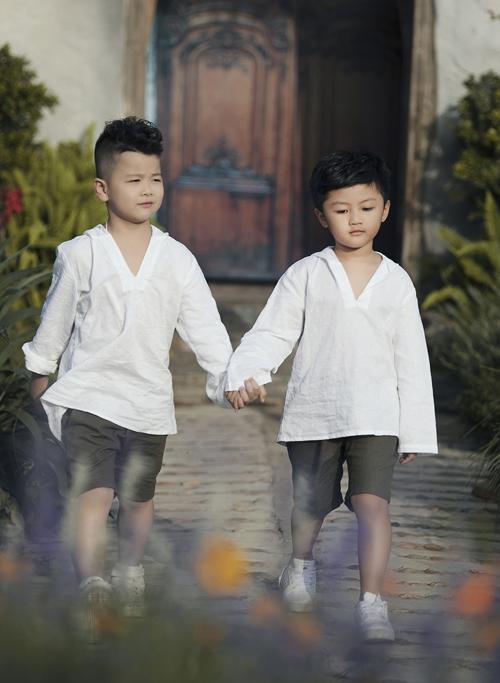 Chân dài 7 tuổi hot nhất Việt Nam khoe vẻ sang chảnh như hoa hậu - 7