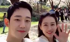 Clip trai trẻ ngọt ngào gọi Son Ye Jin là 'noona' đạt triệu view