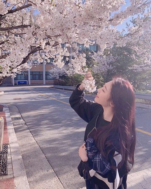 Yeon Jung (Cosmic Girls)