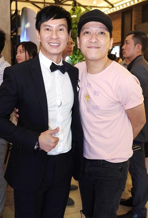 Trường Giang là một đồng nghiệp thân thiết của vợ chồng Lý Hải. Anh chính là nam chính trong dự án Lật mặt 1.