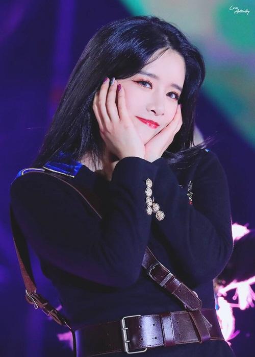 Exy từng tham gia vào một cuộc thi rap chuyên nghiệp và được công nhận tài năng. Ít ai ngờ một idol cũng có những phút hổ báo khi thi đấu.