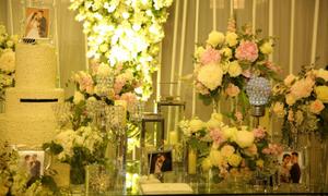 Diệp Lâm Anh chi tiền tỷ mua hoa tươi trang trí tiệc cưới xa hoa
