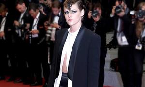 Kristen Stewart là chuyên gia 'chơi ngông' trên thảm đỏ Cannes