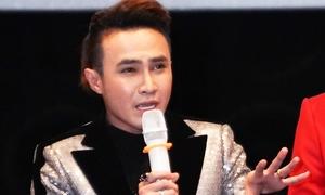 Huỳnh Lập bật khóc khi ra mắt phim tiền tỷ