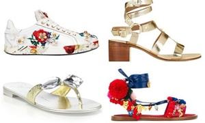 Sành sỏi chọn đôi giày có giá thấp hơn