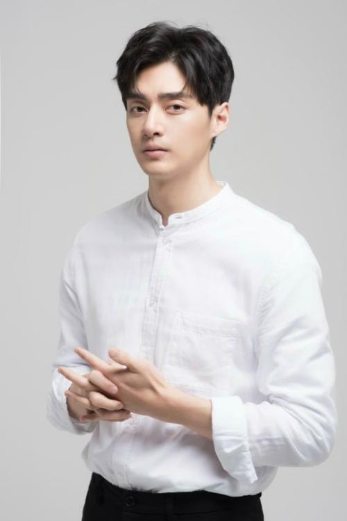 Kim-Joon-3418-1528424348.jpg