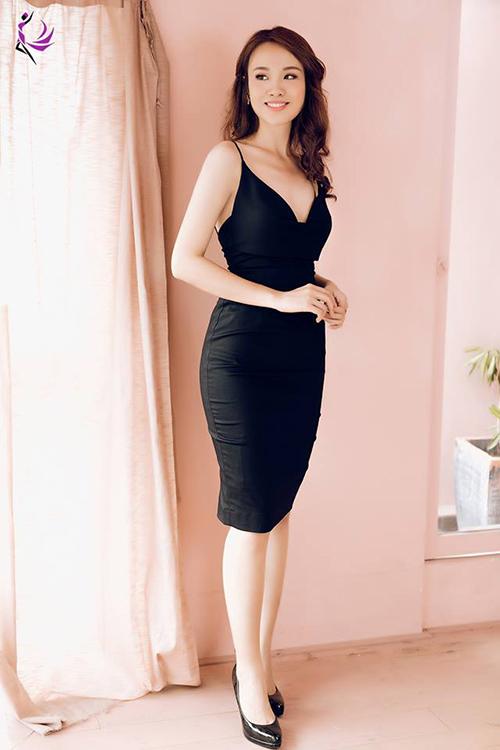 Với thân hình mới cùng cân nặng 58 kg, Thủy Tiên tự tin khoe nhan sắc với đủ kiểu trang phục gợi cảm. Cô bạn cũng dự định sẽ giảm thêm cân để vóc dáng hoàn hảo hơn.