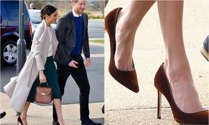 Vì sao Meghan Markle luôn đi những đôi giày 'quá khổ'?