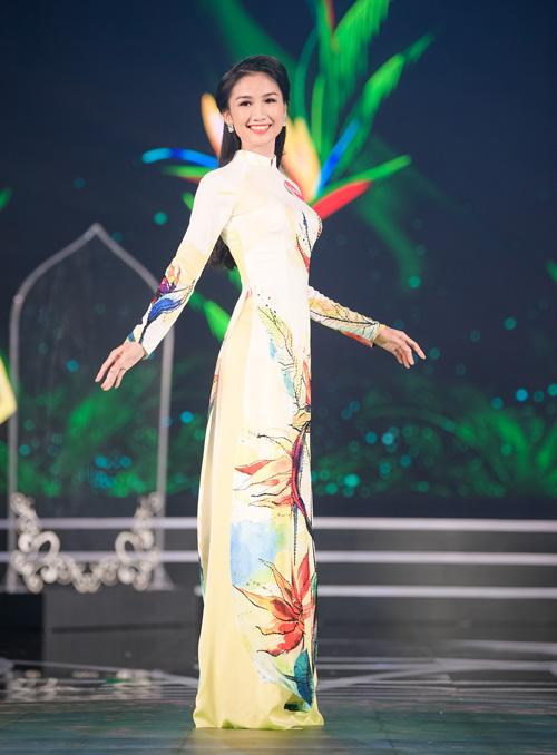 Lộ diện 19 nhan sắc phía Nam vào chung kết Hoa hậu Việt Nam 2018 - page 3 - 2