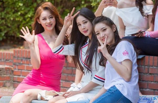 Cũng như vài năm gần đây, chất lượng thí sinh của Miss Korea 2018 bị đánh giá là đang có dấu hiệu đi xuống. Nhiều cô gái có nhan sắc dưới trung bình, một số lại giống hệt nhau như chung một lò phẫu thuật thẩm mỹ.