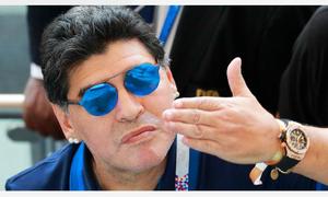 Maradona bị chế nhạo vì phát ngôn muốn làm HLV Argentina