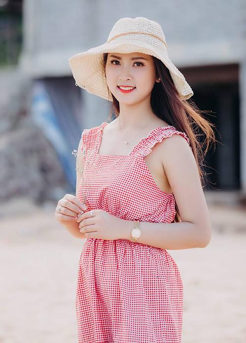 6 mỹ nhân 10x của Hoa hậu Việt Nam 2018: Người dịu dàng, kẻ nóng bỏng - page 2
