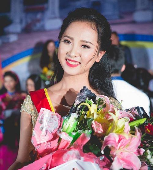 6 mỹ nhân 10x của Hoa hậu Việt Nam 2018: Người dịu dàng, kẻ nóng bỏng - page 2 - 1