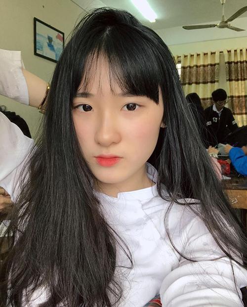 6 mỹ nhân 10x của Hoa hậu Việt Nam 2018: Người dịu dàng, kẻ nóng bỏng - page 2 - 3