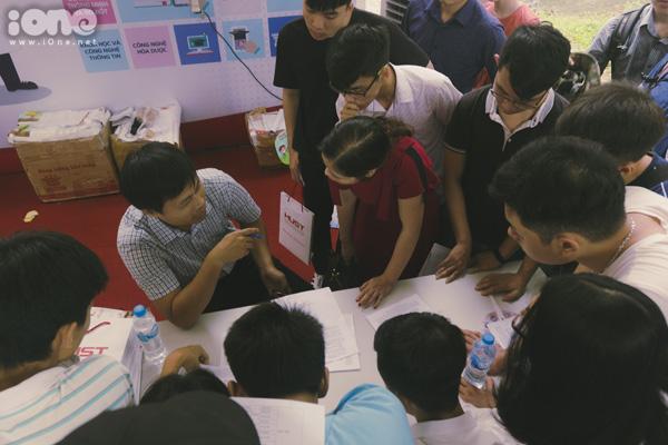 Hàng nghìn teen hoang mang tìm trường sau kỳ thi THPT quốc gia - 5