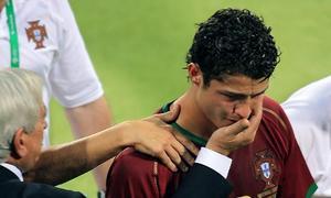Những khoảnh khắc đáng nhớ trong lịch sử các kỳ World Cup
