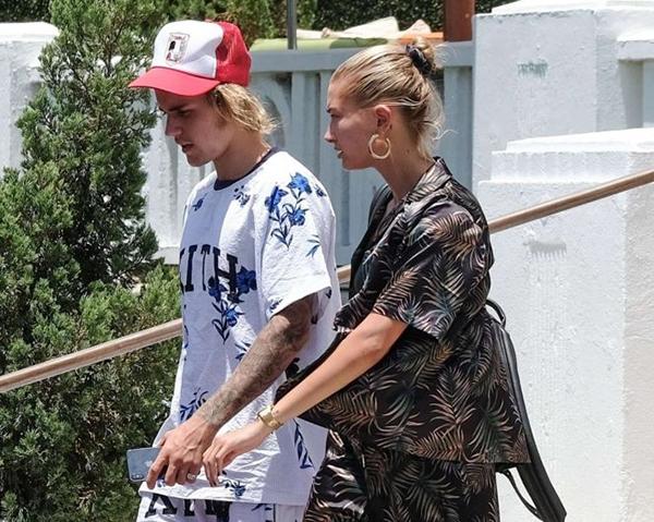 Hailey nghĩ gì về hình xăm Selena trên cánh tay Justin? - 4
