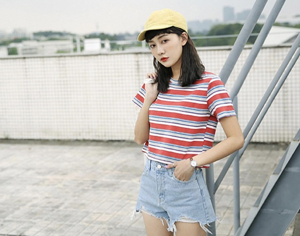 Kiểu áo này đặc biệt phù hợp với những nàng có phong cách năng động.