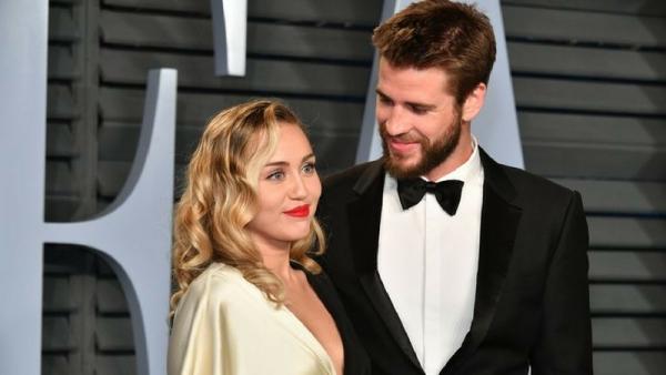 Theo nguồn tin thân cận của OK! Australia, Liam đã sẵn sàng chung sống và có con với Miley, nhưng ca sĩ Wrecking Ballchưa sẵn sàng trở thành một bà mẹ.