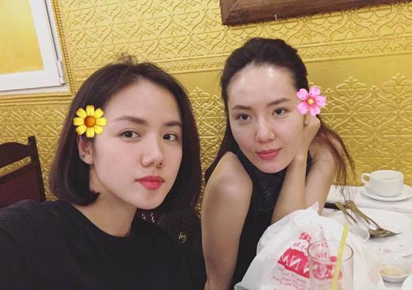 Hai chị em Phương Linh - Phương Ly được khen là Thúy Kiều - Thúy Vân của thời hiện đại.