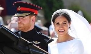 Hoàng tử Harry nghĩ gì về diện mạo của Meghan trong ngày cưới?