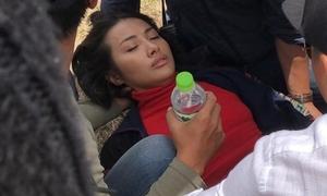 Yaya Trương Nhi ngã ngựa, ngất xỉu trên phim trường