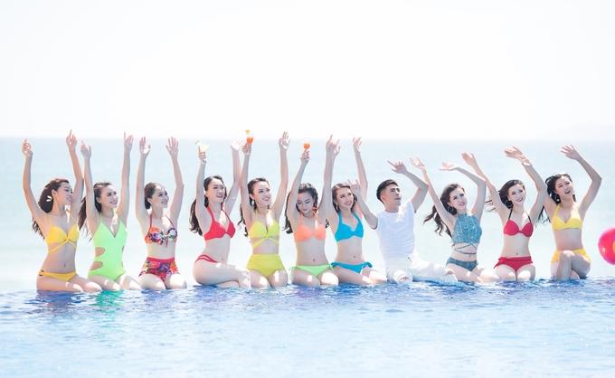 <p> Diện bikini sắc màu, các thí sinh khoe vóc dáng sexy.</p>