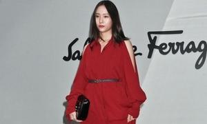 Krystal bị chê mặc xấu tại Milan Fashion Week