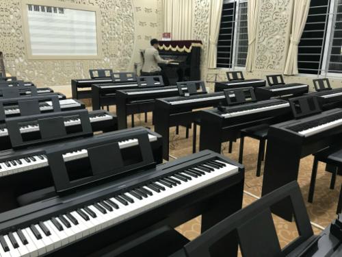 Phòng học âmnhạc mới của THPT chuyên Ngoại ngữ. Ảnh: Dương Tâm
