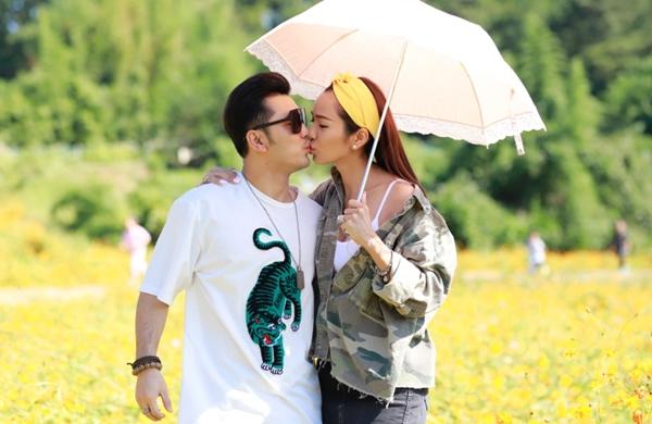 Ưng Hoàng Phúc - Kim Cương liên tục khóa môi ở Hàn Quốc - 3