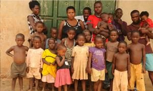 Người phụ nữ 'mắn đẻ' nhất thế giới: 40 tuổi có 44 con
