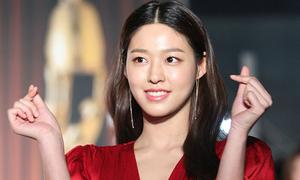 Thảm đỏ Grand Bell Awards: Seol Hyun - Nancy tỏa sáng giữa dàn diễn viên