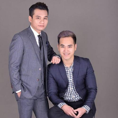 Khắc Việt - Khắc Hưng là cặp anh em trai nổi tiếng của làng nhạc Việt.