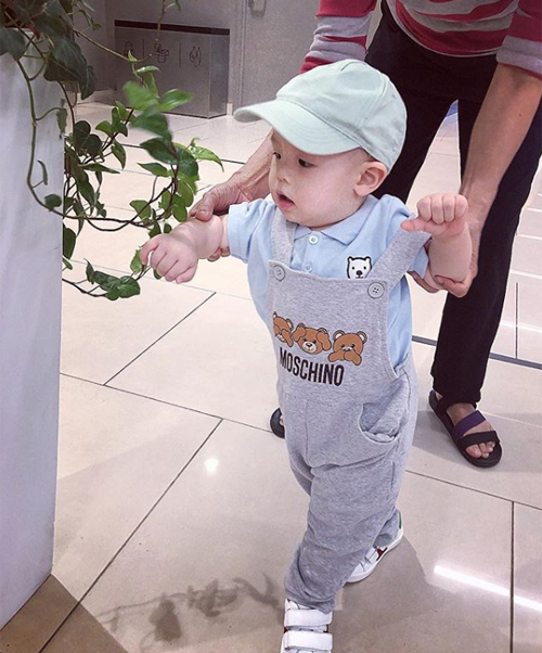 con-cua-huyen-baby-6-2230-1541904961.jpg