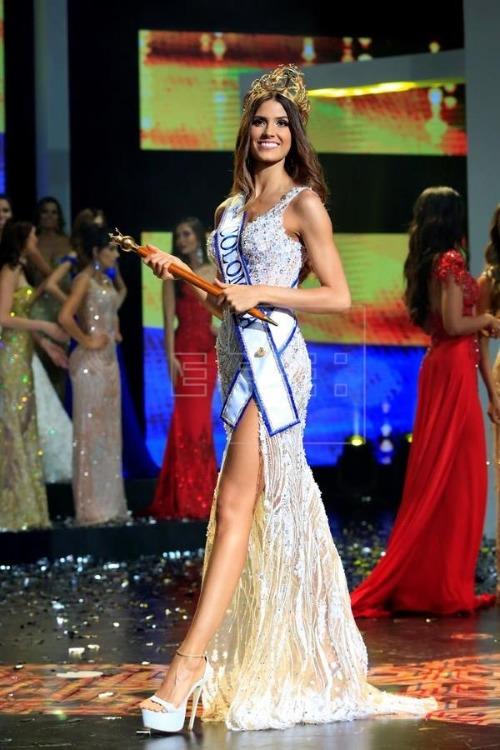Tân Hoa hậu năm nay 23 tuổi, cô cao 1m80, số đo ba vòng 88-60-94.