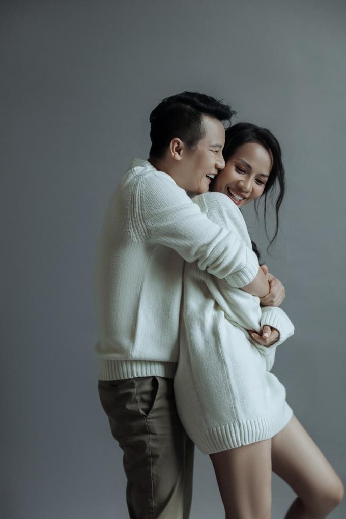 <p> Khoảnh khắc ngọt ngào, hạnh phúc, bình yên của cặp đôi khiến nhiều người ghen tỵ.</p>