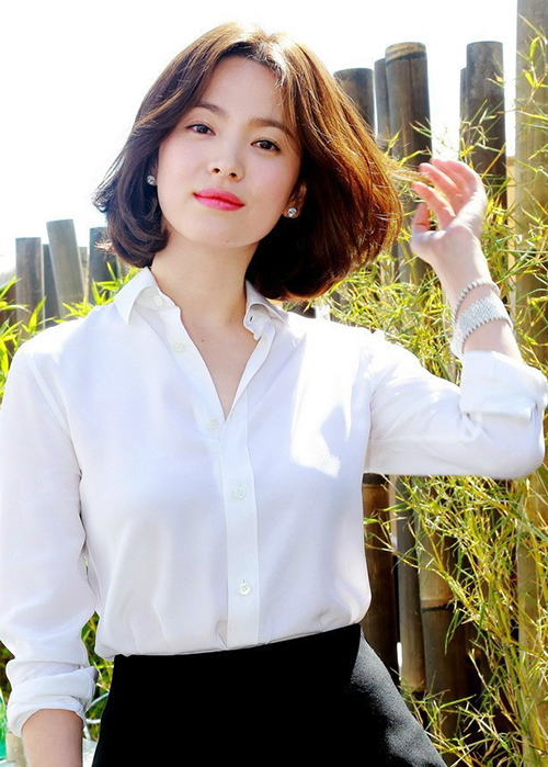 Để lại kiểu tóc cách đây 10 năm, Song Hye Kyo chứng minh bị thời gian lãng quên - 6