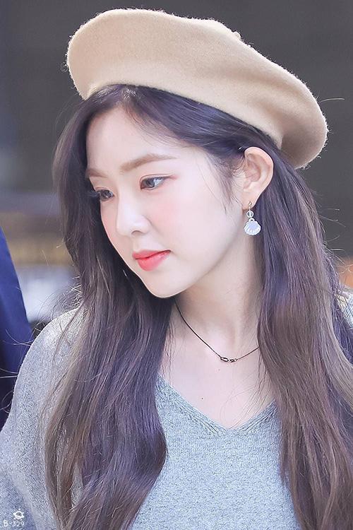 Irene xứng đáng là Nữ hoàng mũ beret trên sân khấu - 4