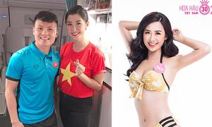 Nữ tiếp viên hàng không bị 'truy tìm' khi pose hình với tuyển Việt Nam