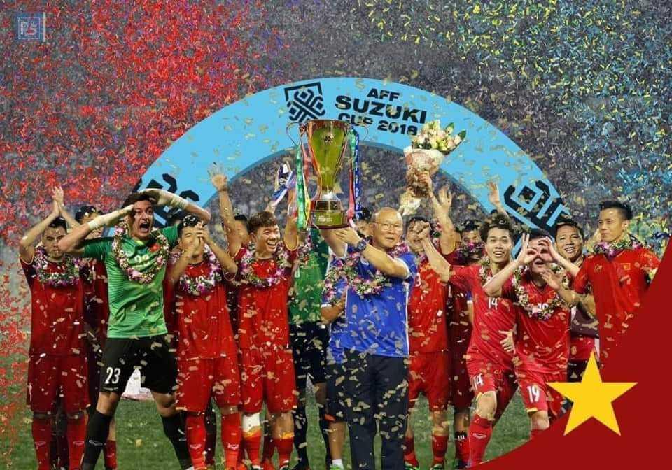 <p>Ảnh chế ĐT Việt Nam nâng cúp AFF Cup 2018 đã thành hiện thực.</p>
