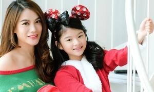 Con gái 10 tuổi của Trương Ngọc Ánh xinh xắn đón Giáng sinh