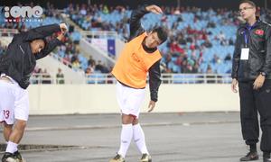 Đức Chinh xứng danh 'khởi động đáng yêu nhất' đội tuyển