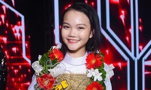 'Cô bé dân ca triệu view' xứ Nghệ đăng quang Giọng hát Việt Nhí 2018
