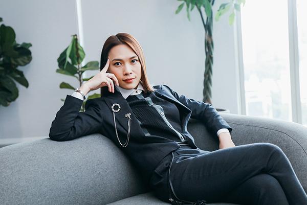 Hình ảnh chị trợ lý của Mỹ Tâm trong phim.