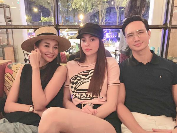 Thanh Hằng tranh thủ hôm rảnh rỗi hẹn hò cùng cặp Hà Hồ - Kim Lý.
